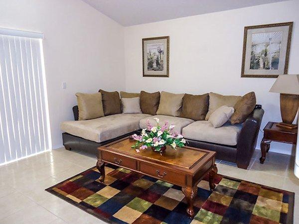 2nd Lounge Open Plan
