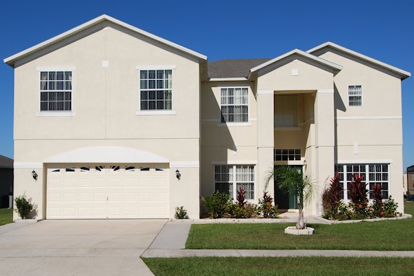 7 Bed Florida Villa sleeps 16. Private Pool/Spa. Wi-Fi. Games Room.