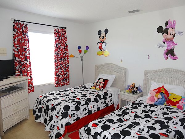 Disney Room, bedroom 3 of 4