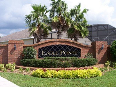 Entrance to Eagle Pointe
